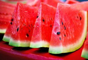 خوردن هندوانه