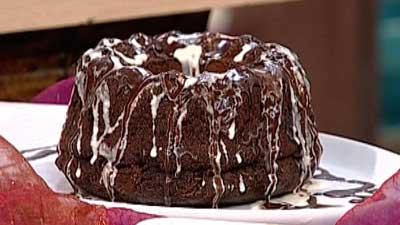 طرز تهیه کیک کاکائویی ساده و خوشمزه در منزل
