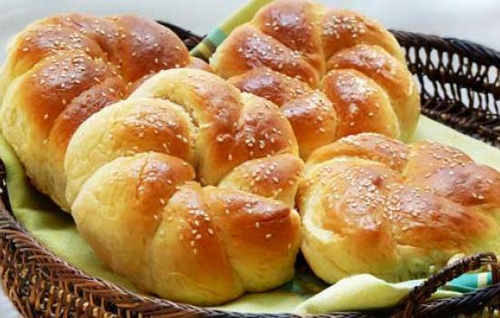 طرز تهیه نان شیرمال خوشمزه و مخصوص