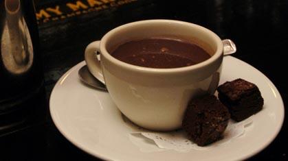 طرز تهیه شکلات داغ خوشمزه در منزل