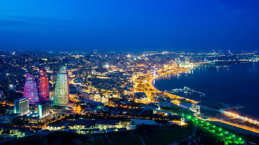 سفر به باکو