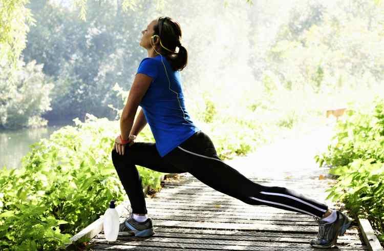 همه چیز در مورد حرکات کششی در ورزش