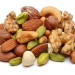 در برنامه کاهش وزن خود این میوه های خشک شده را اضافه کنید.