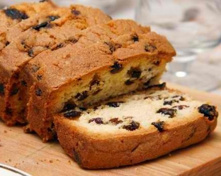 طرز تهیه کیک کشمشی