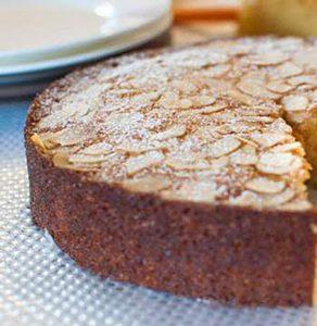 طرز تهیه کیک بادام مخصوص