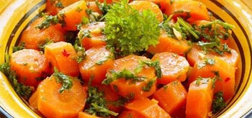 سالاد هویج مخصوص و مقوی خانگی
