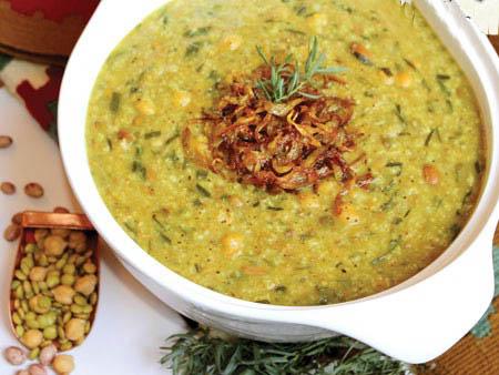 آش سبزی خوشمزه و شیرازی