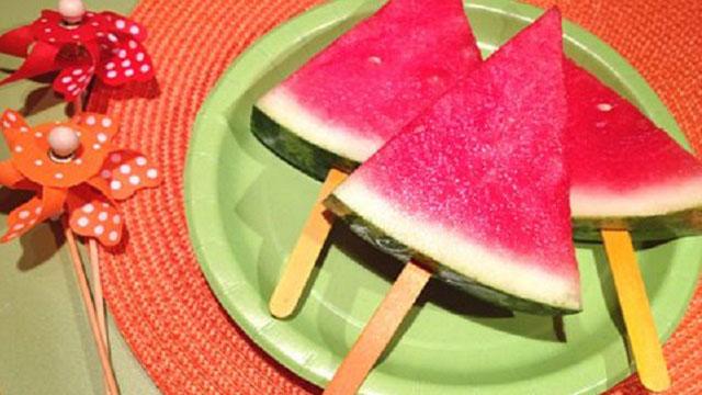 برش هندوانه شب یلدا