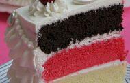 کیک چند رنگ ویژه تولد به همزاه تزیین