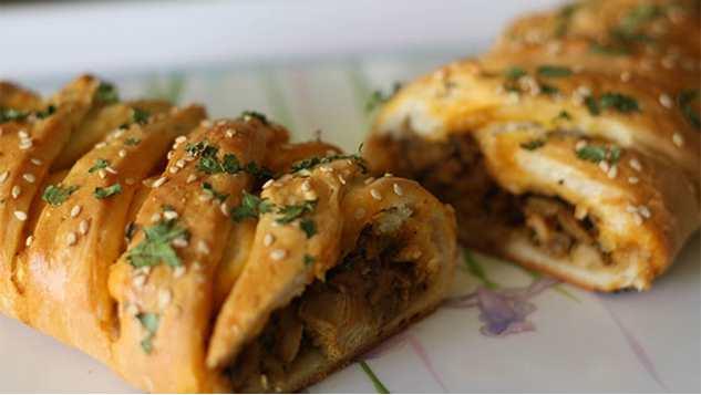 بورک مرغ و قارچ